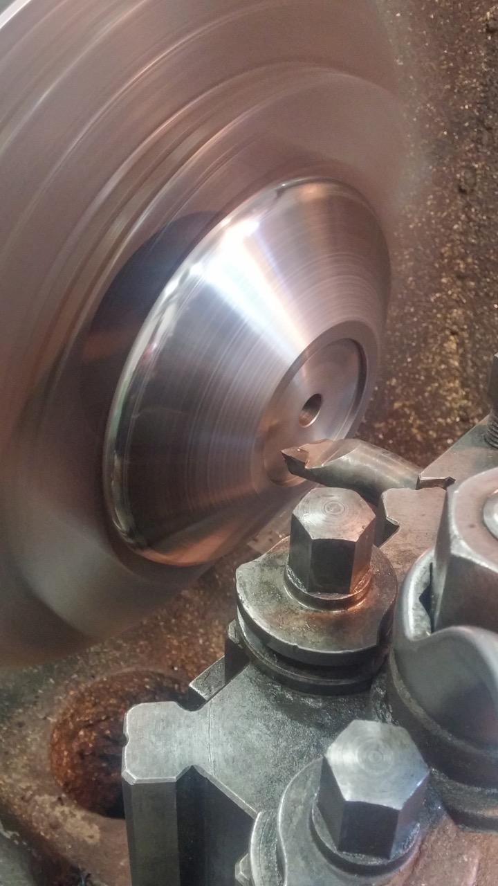 tornitura particolare in acciaio C45